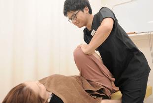 湯まちはりきゅう整骨院の施術膝の痛みの写真